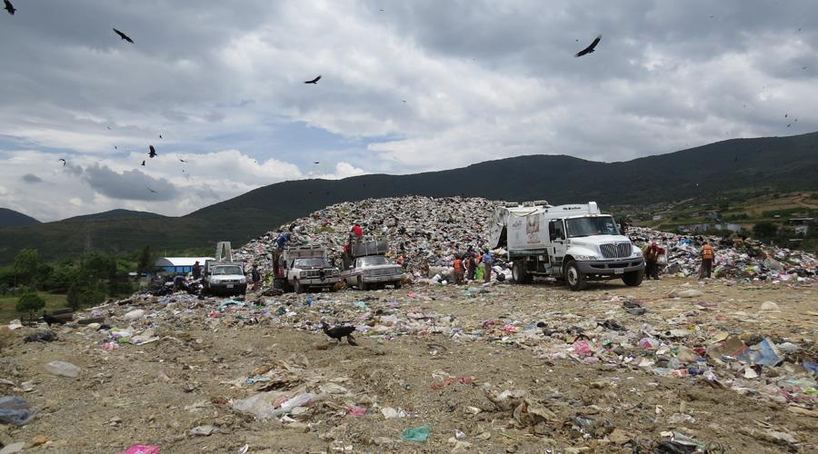 Con la salida de la empresa SICA, se descuidó el relleno sanitario de Oaxaca | El Imparcial de Oaxaca