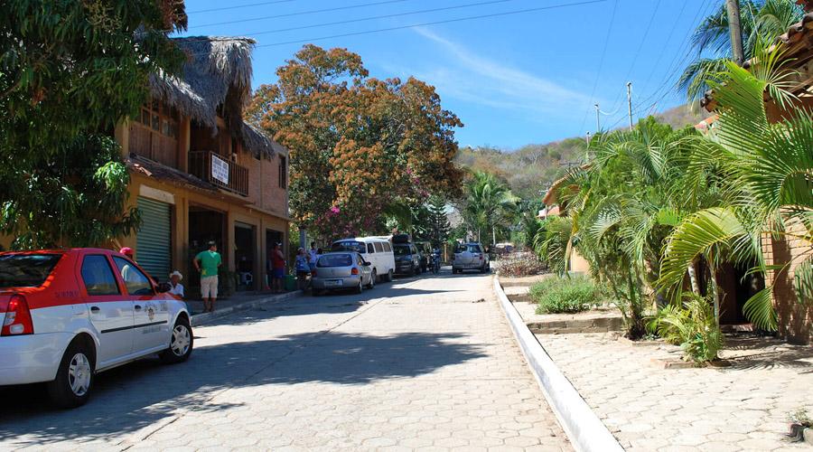 Empresarios se niegan a  pagar predial en Tonameca | El Imparcial de Oaxaca