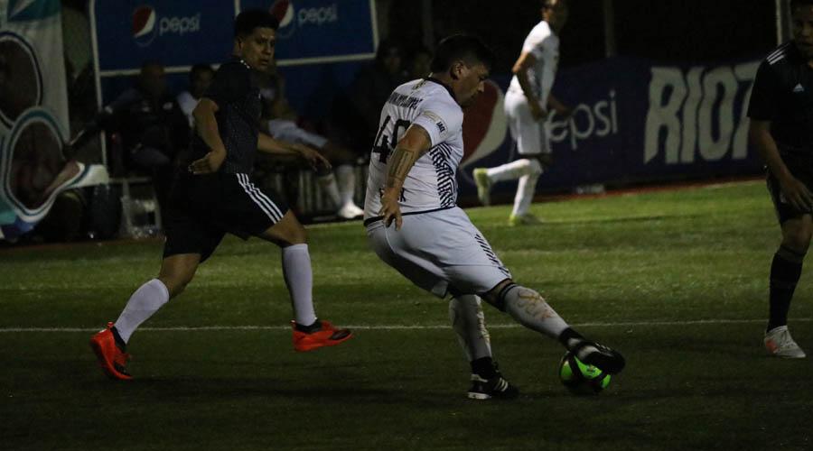 Gana Cuervos en el Torneo Empresarial de Futbol 7