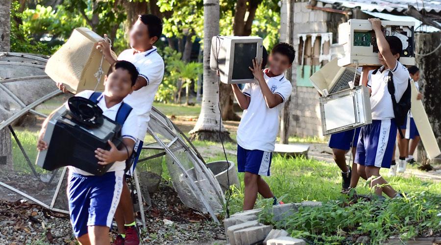Descacharrizan escuelas de Santa Cruz Huatulco | El Imparcial de Oaxaca