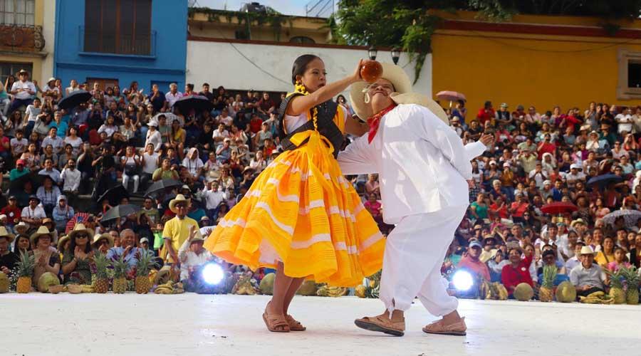 Guelaguetza muy Especial 16 años de tradición