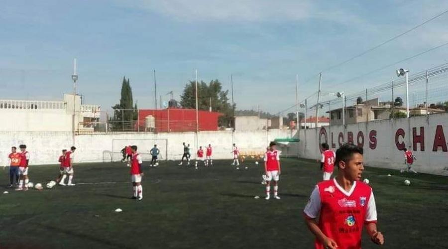 Futbolistas mixtecos se enfilan a Lobos Chapultepec de Puebla