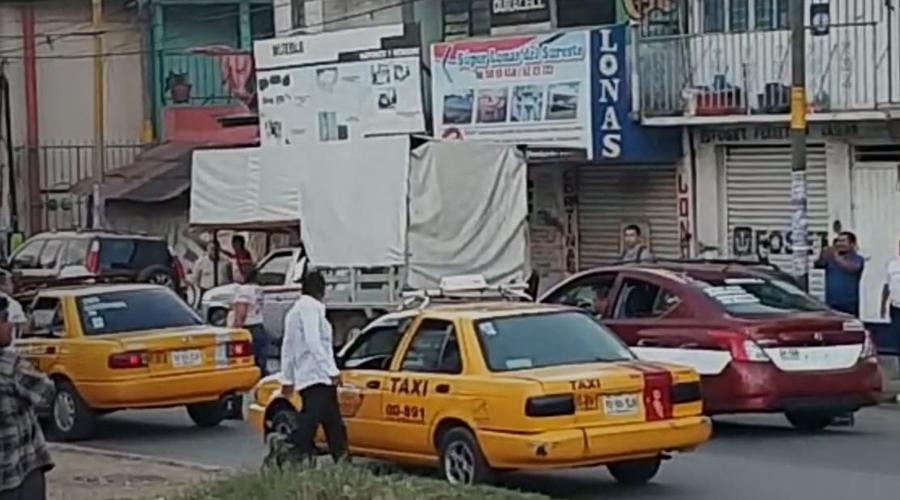Se pelean taxistas en la Central de Abasto | El Imparcial de Oaxaca