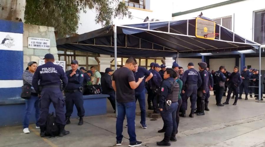 De nuevo protestan policías municipales de Oaxaca de Juárez | El Imparcial de Oaxaca
