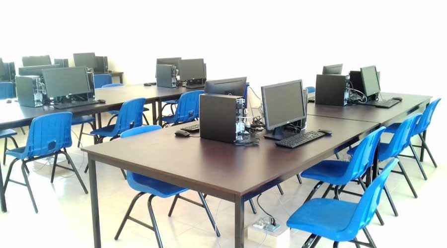 Reconstruyen escuelas en las Salinas del Marqués