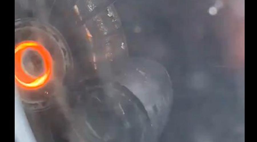 Video: turbina de avión se incendia en pleno vuelo | El Imparcial de Oaxaca