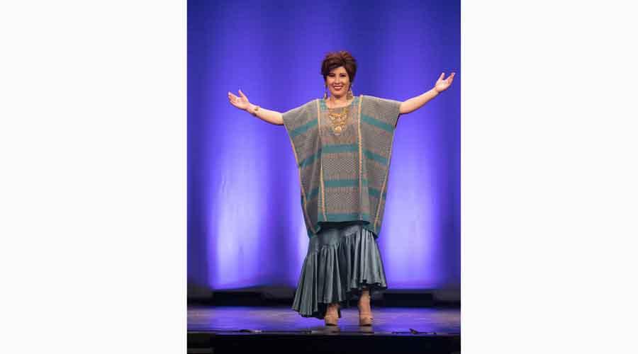 Sylvia Méndez  comparte 17 años de coleccionismo textil