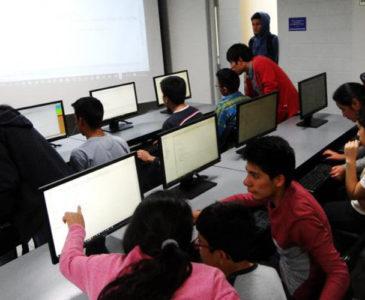 En Oaxaca, se restablecerán talleres de tecnologías y clubes