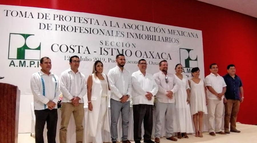Toma protesta nuevo presidente de la AMPI en la región Costa | El Imparcial de Oaxaca