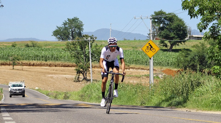 Lalo Díaz gana ruta dominical