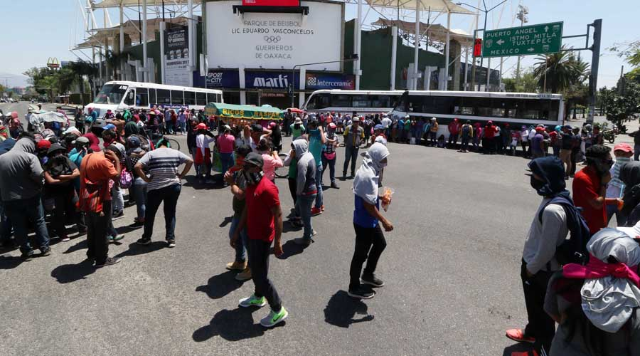 Obtendrán 656 normalistas pase directo en Oaxaca