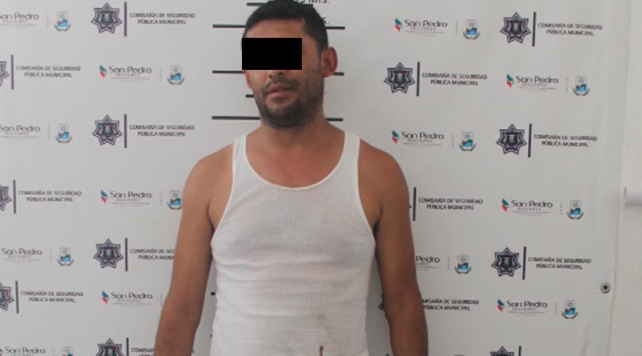 En Puerto Escondido detienen a sujeto que llevaba billetes falsos