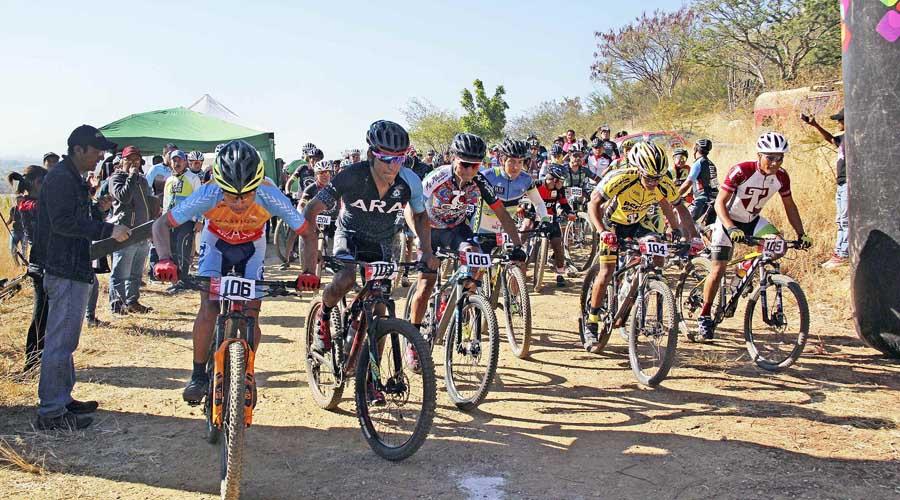 Miguel Arroyo conquista el Gran Fondo Mayordomo de Ciclismo