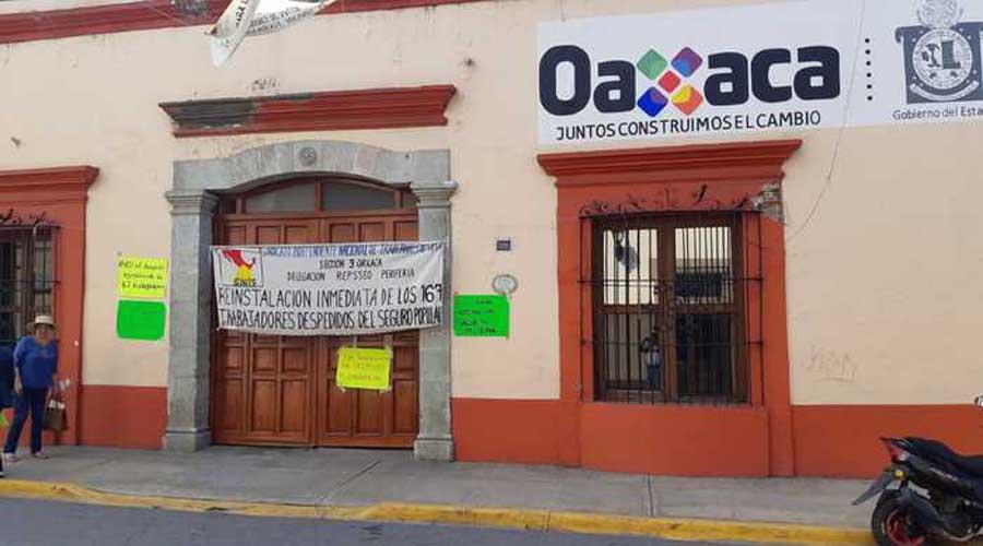 Protesta de SINTSA en Oaxaca tiene varado  medicamentos del Seguro Popular | El Imparcial de Oaxaca