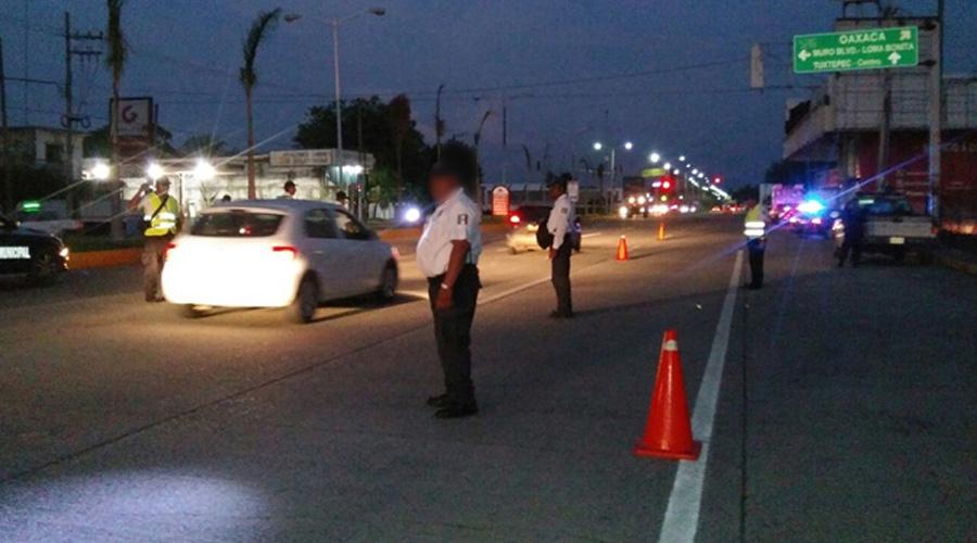 En Puerto Escondido cae en alcoholímetro hijo de diputada local