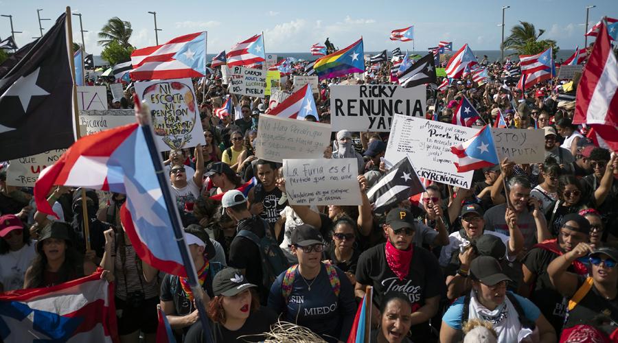 Protestas masivas por renuncia de gobernador de Puerto Rico terminan en disturbios | El Imparcial de Oaxaca