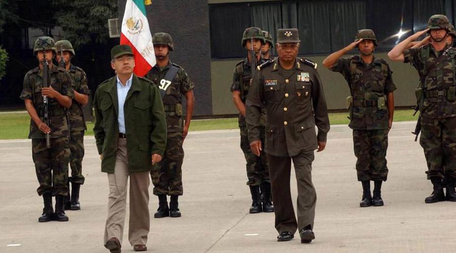 Compara AMLO a Felipe Calderón con el Comandante Borolas | El Imparcial de Oaxaca