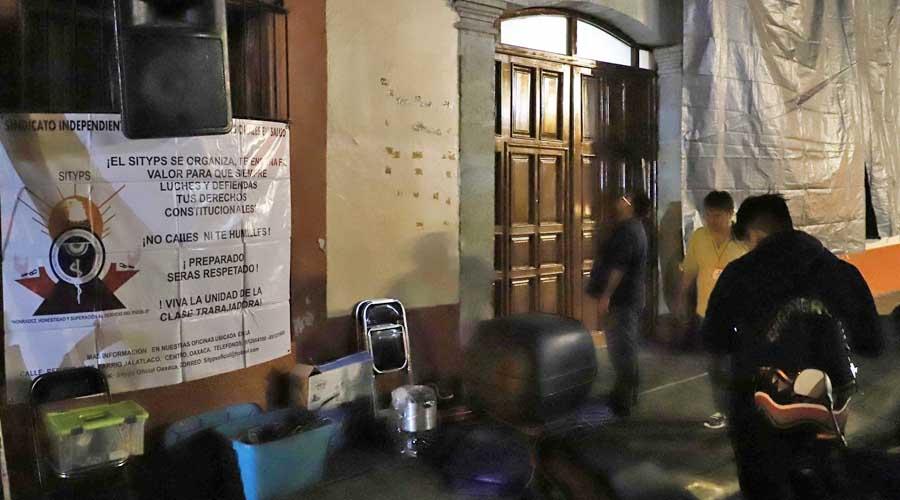 Integrantes del SITyPS se van a paro | El Imparcial de Oaxaca