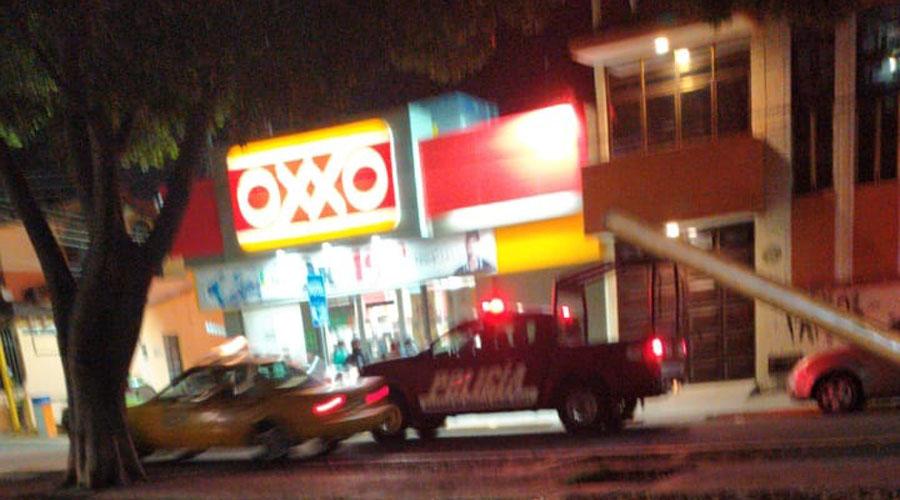 Asaltan de nueva cuenta tienda en módulo azul de la capital oaxaqueña | El Imparcial de Oaxaca