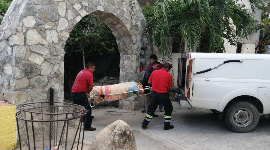 Aparece cuerpo de militar putrefacto en Puerto Escondido