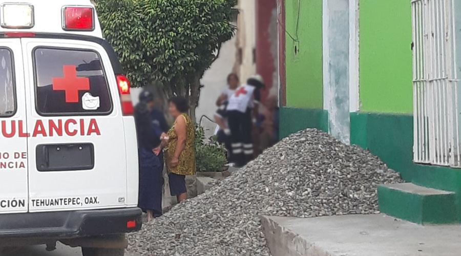 Ejecutan a mujer a la puerta de su hogar en Tehuantepec