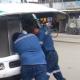 Chalán de urbanero golpea a policía vial de la capital oaxaqueña