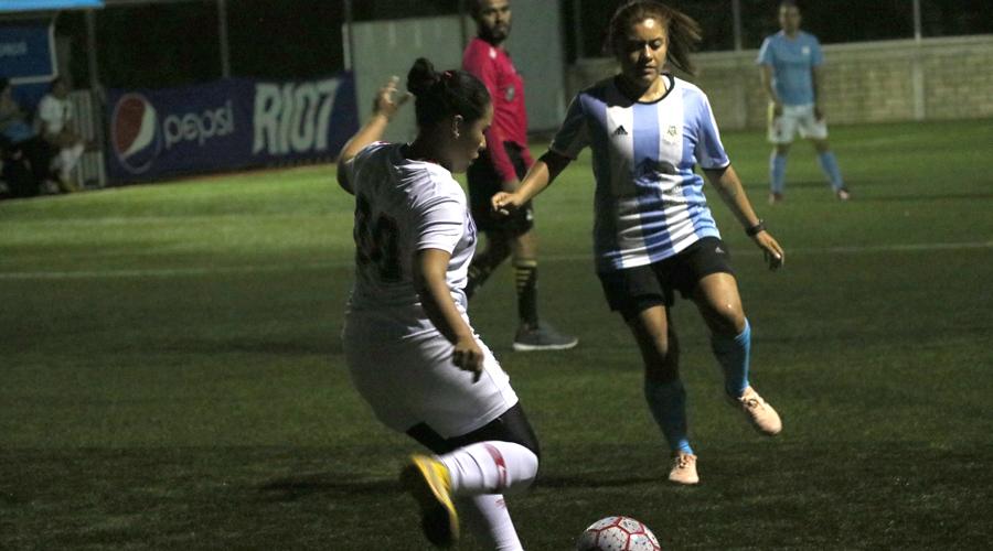 Golea Carmín en octava fecha del Torneo Femenino de la Liga Río 7
