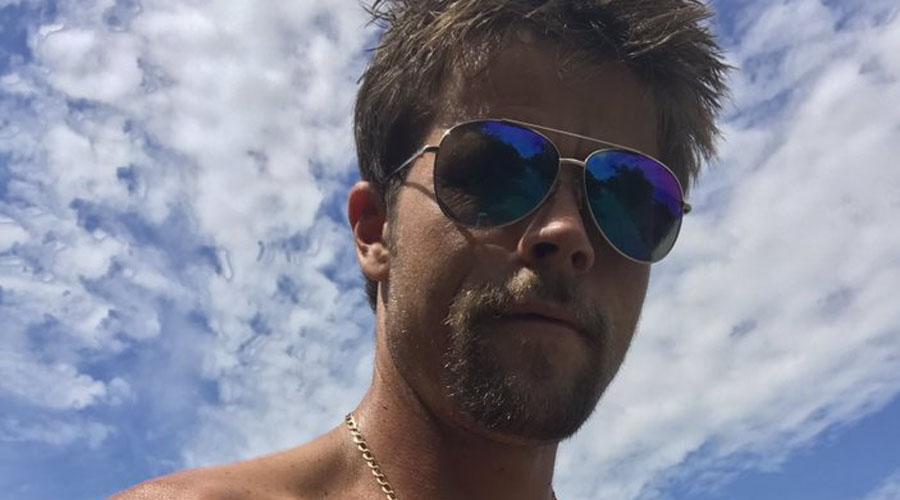 Obrero enciende las redes sociales por su increíble parecido a Brad Pitt | El Imparcial de Oaxaca