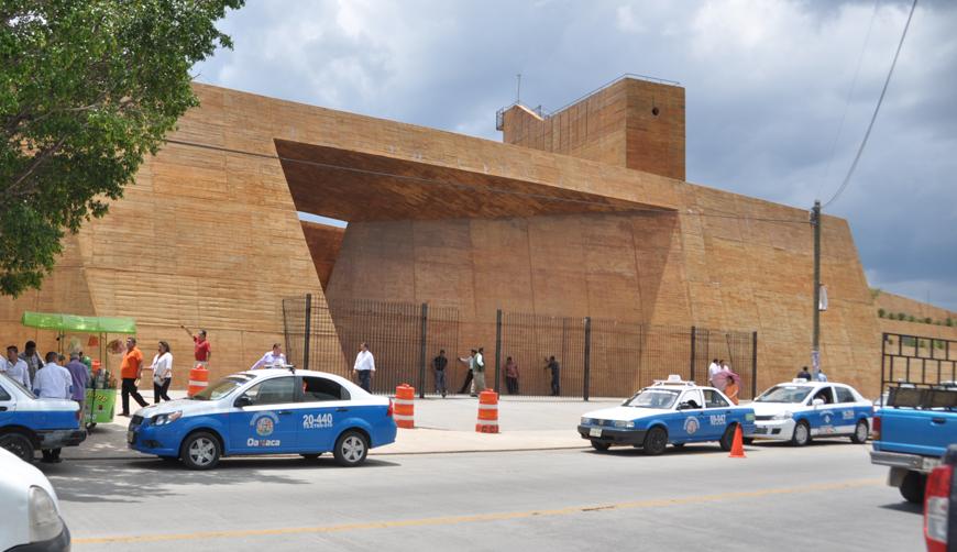 Demandan claridad en renta de espacios en Centro de Convenciones de Oaxaca | El Imparcial de Oaxaca