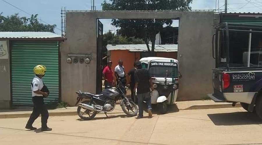 Mototaxista se impacta contra vivienda en Xoxocotlán | El Imparcial de Oaxaca