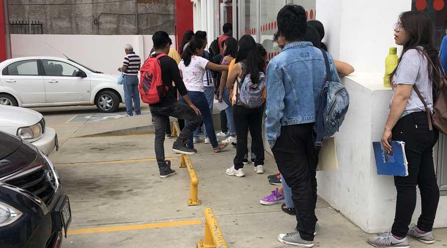 Sangra UABJO a estudiantes; persiste opacidad