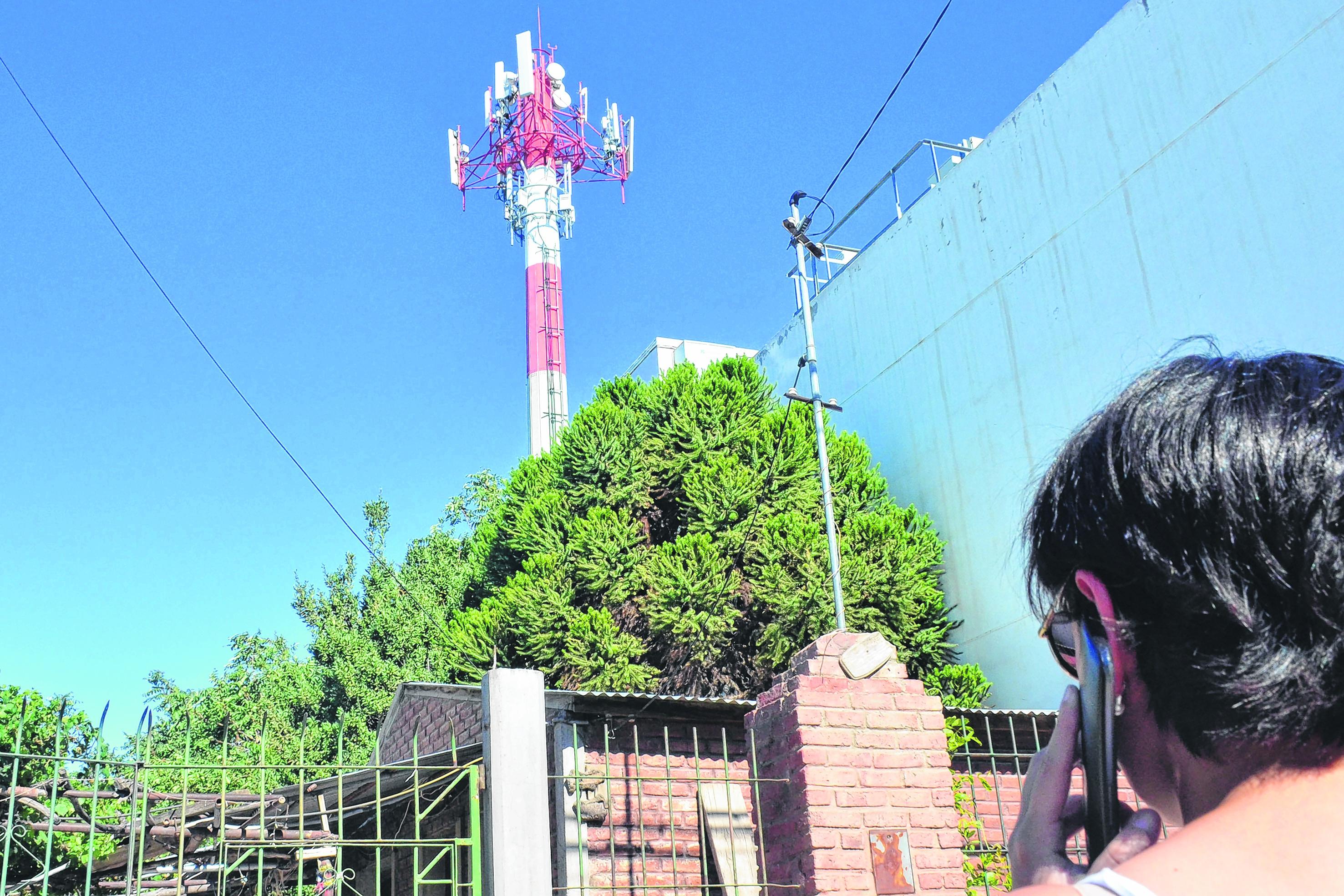Rechazan instalación de antena telefónica en Huajuapan de León, Oaxaca | El Imparcial de Oaxaca