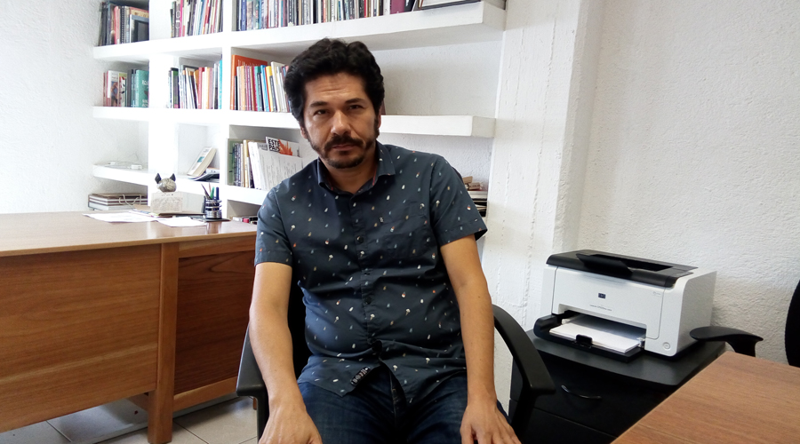 """Juan Pablo Villalobos: """"La literatura puede contribuir a la empatía""""   El Imparcial de Oaxaca"""