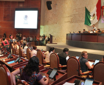 Analiza Congreso de Oaxaca legalizar matrimonio igualitario