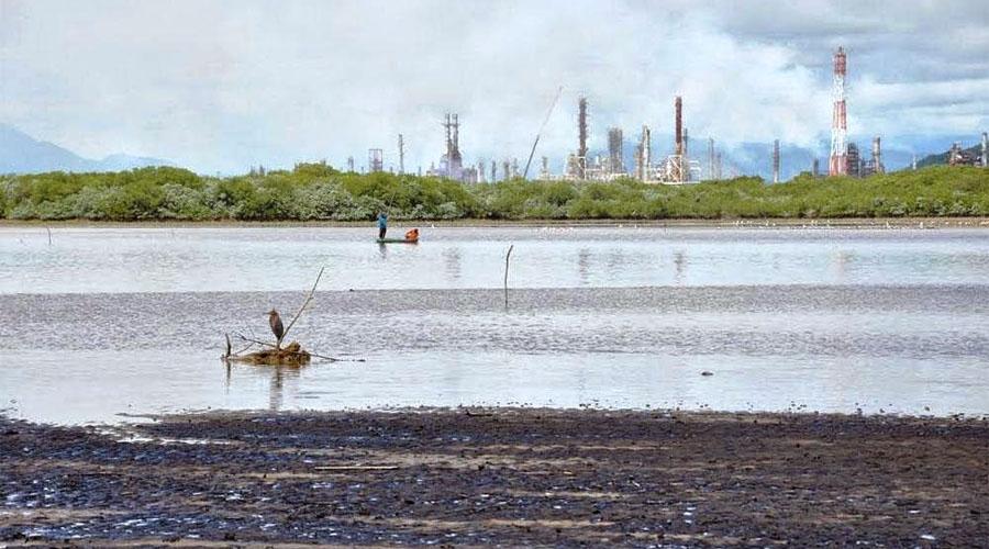 Cuatro décadas de contaminación en Salina Cruz