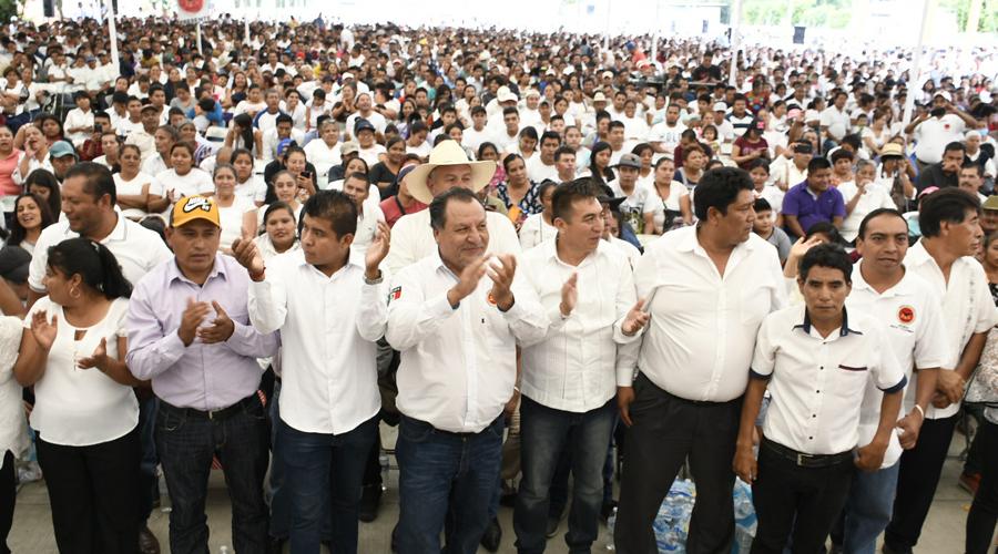 Entre pugnas de transportistas, surge nuevo sindicato en Oaxaca | El Imparcial de Oaxaca