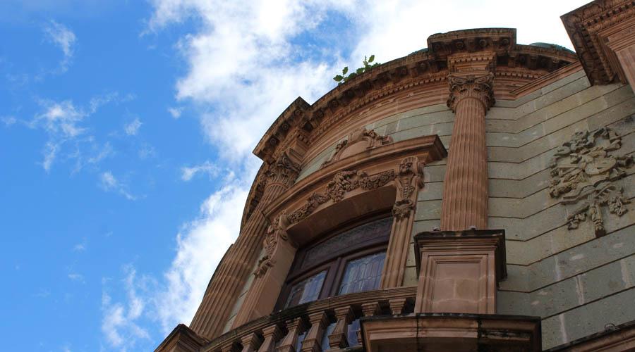Mantenimiento al Teatro Macedonio Alcalá: necesario, pero sin recursos