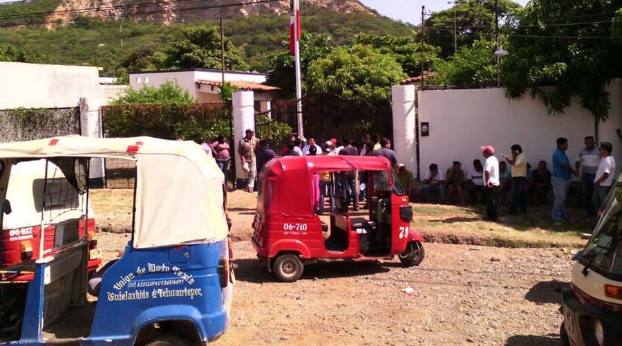 Mototaxistas del Istmo amenazan con movilizarse este lunes
