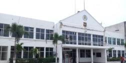 El Palacio Municipal de Salina Cruz se resiste a caer