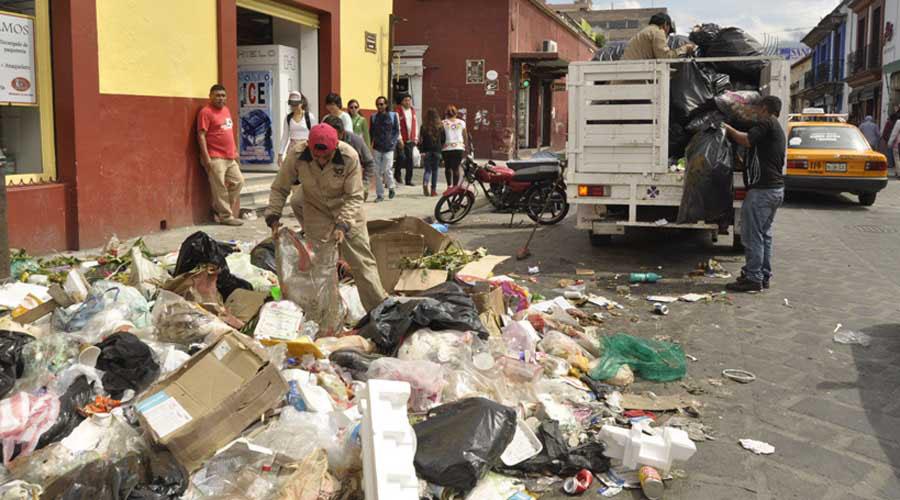 Sin éxito, programas para evitar el uso de plástico en Oaxaca