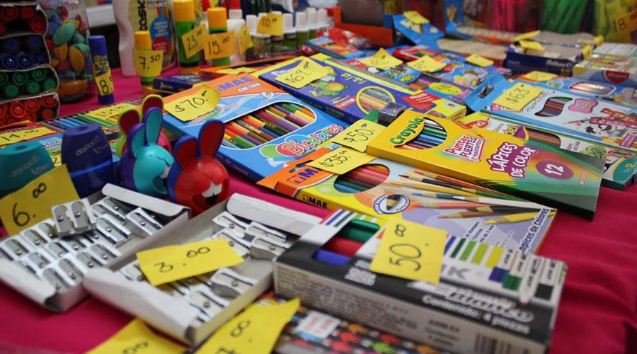 Un calvario, compra de útiles escolares para las familias del Istmo