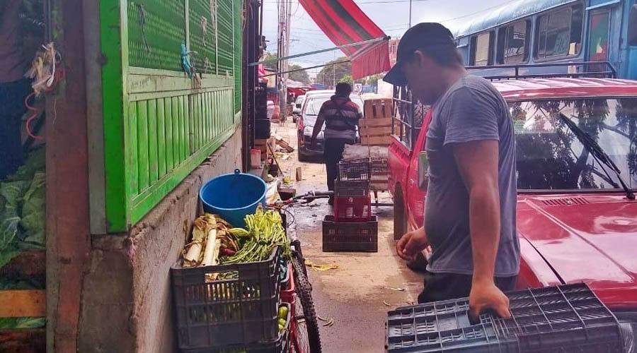 Vía pública, rehén de los comerciantes de Salina Cruz