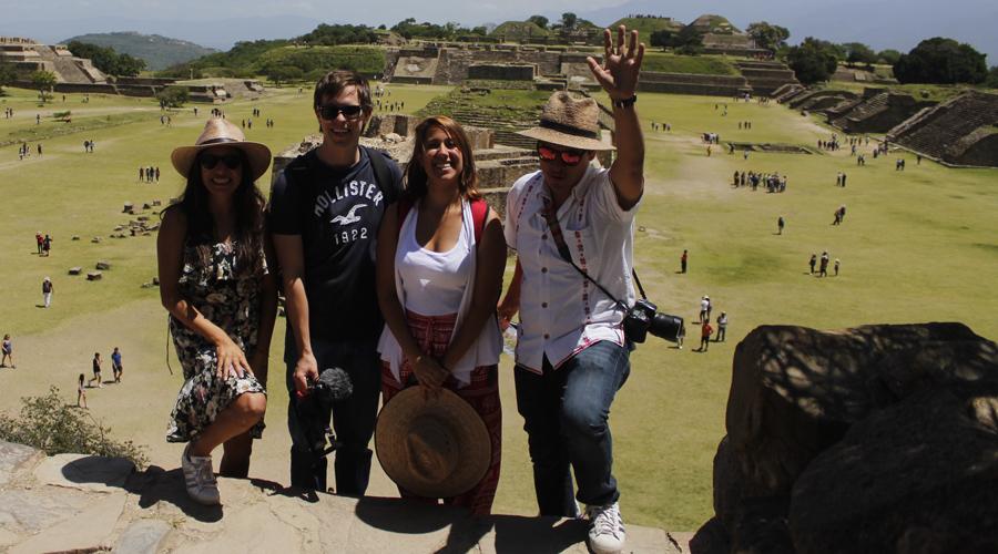 Youtubers visitan Oaxaca en famtrip de ADO