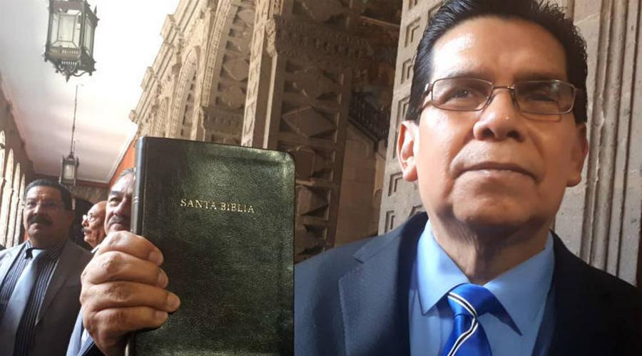 Polémica: líderes evangélicos cobran como asesores y servidores de la nación con AMLO | El Imparcial de Oaxaca