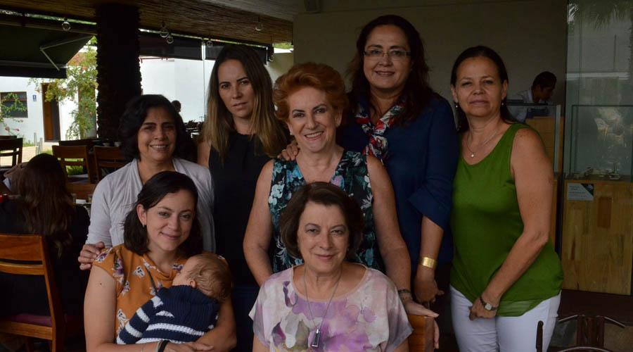 Conviven en familia | El Imparcial de Oaxaca