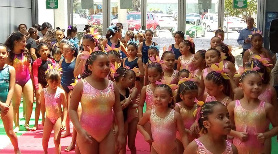 Realizan convivencia de gimnastas en el Centro Recreativo y de Acondicionamiento Deportivo