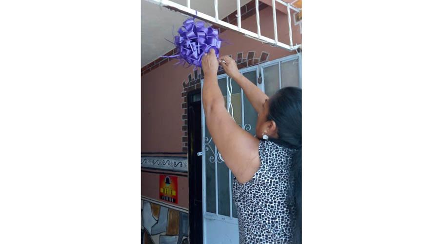 """En la Costa, proponen la iniciativa """"Moño Morado"""", una señal de apoyo a mujeres y niñas"""