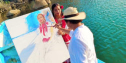 Artista tehuano busca pintar a la mujer tuxtepecana