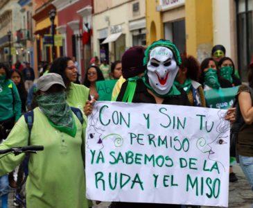 Al año, 9 mil abortos en Oaxaca