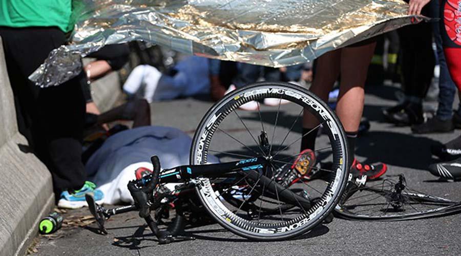 Camioneta arrolla y mata a ciclista   El Imparcial de Oaxaca